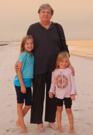 Phil Everly and his granddaughters